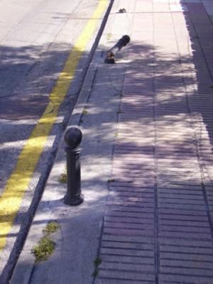 Bolardos chapuceros del PP de Guadarrama